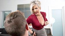 Constance breaks his mature woman cherry