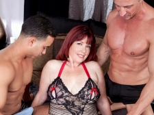 Dirty-Talking Mother Acquires DP'd