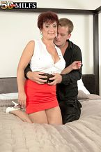 Big-titted divorcee Jessica is sexy for cock