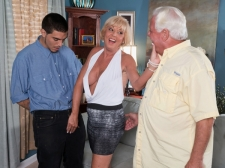 Scarlet And The Pleased Cuckold